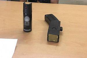 Những món đồ là vũ khí, công cụ hỗ trợ nhiều người 'tưởng' được tự do sử dụng