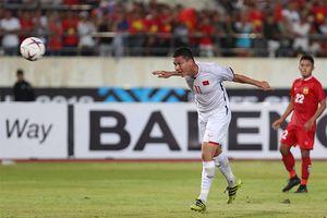 Anh Đức vào top 5 cầu thủ gây ấn tượng ở lượt trận đầu AFF Cup