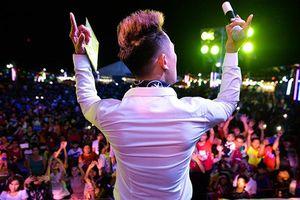 Châu Khải Phong tổ chức đêm nhạc miễn phí tri ân khán giả