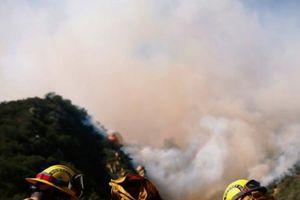 Hỏa hoạn kinh hoàng: 42 người chết, 250 ngàn người bỏ chạy