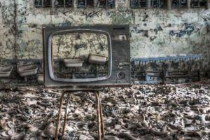 Khung cảnh hoang tàn 30 năm sau thảm họa hạt nhân Chernobyl