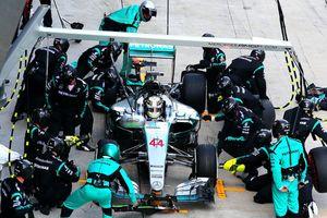 Đội Mercedes giành chức vô địch giải đua xe công thức 1 mùa giải 2018