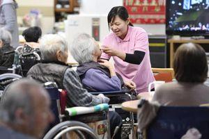 Nhật Bản rộng cửa đón lao động nước ngoài