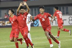 AFF Suzuki Cup 2018: Malaysia và Myanmar cùng thắng, Việt Nam xuống vị trí thứ 3
