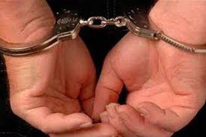 Bắt giam 1 giáo viên và 3 nghi phạm cho vay nặng lãi
