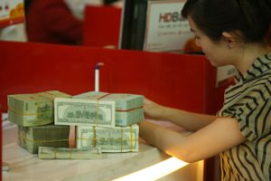 Các ngân hàng ồ ạt phát hành trái phiếu
