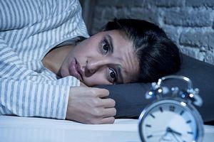 4 dấu hiệu 'tố cáo' mất ngủ đã thành bệnh
