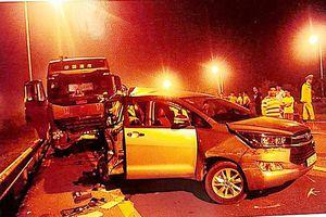 Chánh án tòa Tối cao: Nghiên cứu kỹ vụ xe Innova lùi trên cao tốc