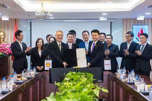 PVOIL Lào và Shell Thái Lan ký kết hợp đồng mua bán xăng dầu