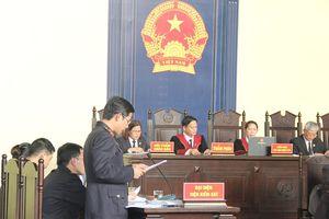 Xét xử vụ Phan Văn Vĩnh ngày thứ 2: VKS tiếp tục đọc bản Cáo trạng 235 trang