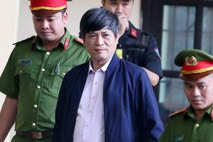 Vụ án đánh bạc nghìn tỷ: Cựu tướng Hóa tự nguyện chui vào 'thòng lọng'