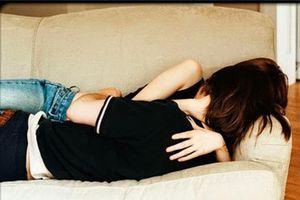 Nữ quái 21 tuổi rủ tình nhân vào nhà nghỉ để cướp tài sản