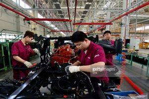 Thị trường ô tô Trung Quốc đối mặt sụt giảm mạnh