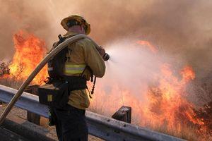 Cháy rừng thảm khốc nhất lịch sử California, 44 người chết