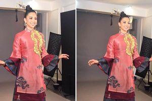 Trần Tiểu Vy khoe vẻ đẹp ngọt ngào trước lúc bước vào phần thi tài năng của Miss World 2018