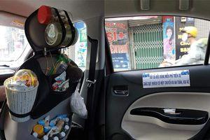 Hành khách mê mệt rủ nhau truy tìm chiếc xe chất đầy đồ ăn như cửa hàng tạp hóa mini, đáng chú ý nhất là 'tất cả đều dùng miễn phí'