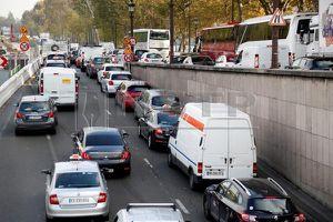 Từ mùa hè 2019, Paris sẽ cấm xe hơi diesel cũ