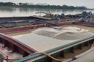 Thanh Hóa: Xử phạt 112 triệu với 3 tàu khai thác cát trái phép trên sông Mã