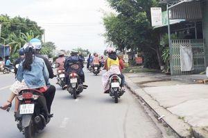Cẩn thận với trang phục, phụ kiện khi tham gia giao thông