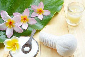 Dưỡng da hiệu quả với 3 công thức làm mặt nạ sữa chua tại nhà
