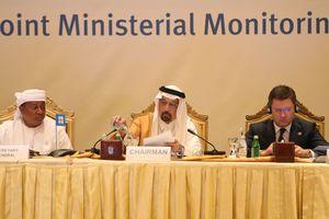 OPEC cân nhắc việc cắt giảm sản lượng dầu mỏ: Quyết định khó khăn
