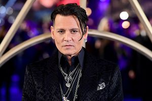 Johnny Depp bảnh bao sau hình ảnh tiều tụy vì dính scandal đánh người