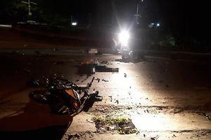 Hai xe máy va chạm giữa đêm khuya, 3 người tử vong
