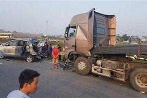 Đâm xe lùi trên cao tốc: Thiết bị giám sát liên tục...