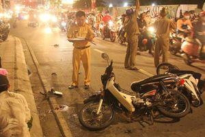 Vụ ôtô gây tai nạn liên hoàn ở quận 7: Tài xế đạp nhầm chân ga?