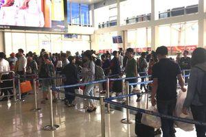 Hành khách bị từ chối nhập cảnh sân bay Tân Sơn Nhất có sức khỏe rất xấu