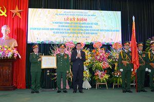 Vụ Giáo dục Quốc phòng và An ninh đón nhận Huân chương Bảo vệ Tổ quốc hạng Ba