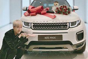 Đức Phúc tậu xe SUV Range Rover Evoque giá hơn 3 tỷ đồng