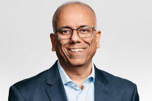 Apple thuê tướng Nokia để cải thiện doanh số iPhone