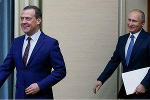 Tuần này, cả Tổng thống lẫn Thủ tướng Nga đều không có mặt trong nước