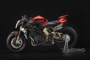 MV Agusta Brutale 1000 Serie Oro: Chiếc naked bike nhanh nhất hành tinh