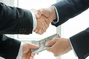 Doanh nghiệp tố cáo nhũng nhiễu có thể được bảo vệ đặc biệt tới 2 năm?