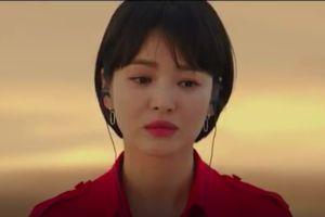 Dân mạng lại ngây ngất với hình ảnh Song Hye Kyo vô cùng nữ tính dù cắt tóc ngắn