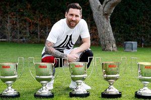 Choáng với bộ sưu tập danh hiệu cá nhân đồ sộ của Messi