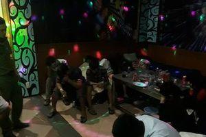 Hải Phòng: Phát hiện gần chục dân chơi đất Cảng sử dụng ma túy trong quán karaoke