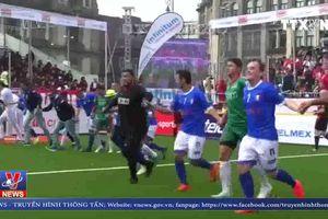 Khai mạc giải bóng đá thế giới cho người vô gia cư