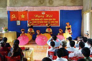 Tuyên Quang: Dự 'Ngày hội Đại đoàn kết toàn dân tộc' tại bản Tàm, xã Sơn Phú (Na Hang)