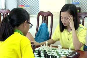 VĐV cờ vua Nguyễn Hồng Ngọc 7 lần nhận thưởng Quỹ Khuyến học, khuyến tài Đinh Bộ Lĩnh