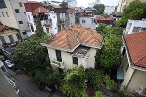 Chuyển biệt thự bỏ hoang của cựu Chủ tịch thành phố về tổ dân phố?