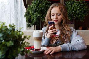 Người dùng kiểm tra smartphone ít nhất 52 lần một ngày