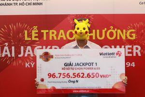 Chơi Vietlott ở Việt Nam 'sướng nhất'