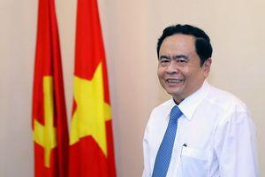 Chủ tịch Trần Thanh Mẫn chúc mừng dịp kỷ niệm 94 năm Khai đạo Cao Đài