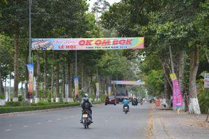 Sẵn sàng đón khách đến mua sắm vui chơi tại lễ hội Okombok