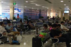 Khách nước ngoài bị kẹt ở sân bay Tân Sơn Nhất gần 2 tháng vì dùng hộ chiếu giả