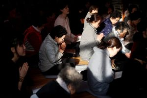 Kỳ thi đại học đầy căng thẳng ở Hàn Quốc