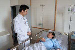 Cắt ba khối u hiếm gặp trên một khung đại tràng cho bệnh nhân
